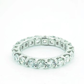 3.08ctw Diamond Eternity Band