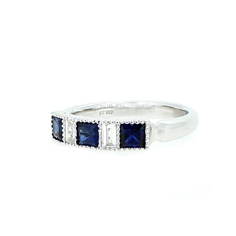 Decor Sapphire & Diamond Band