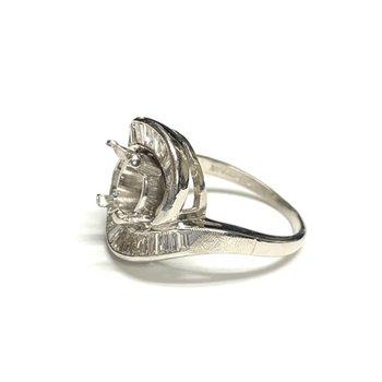 Baguette Swirl Diamond Ring