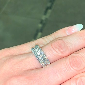 1.44ctw Baguette & Round Diamond Band