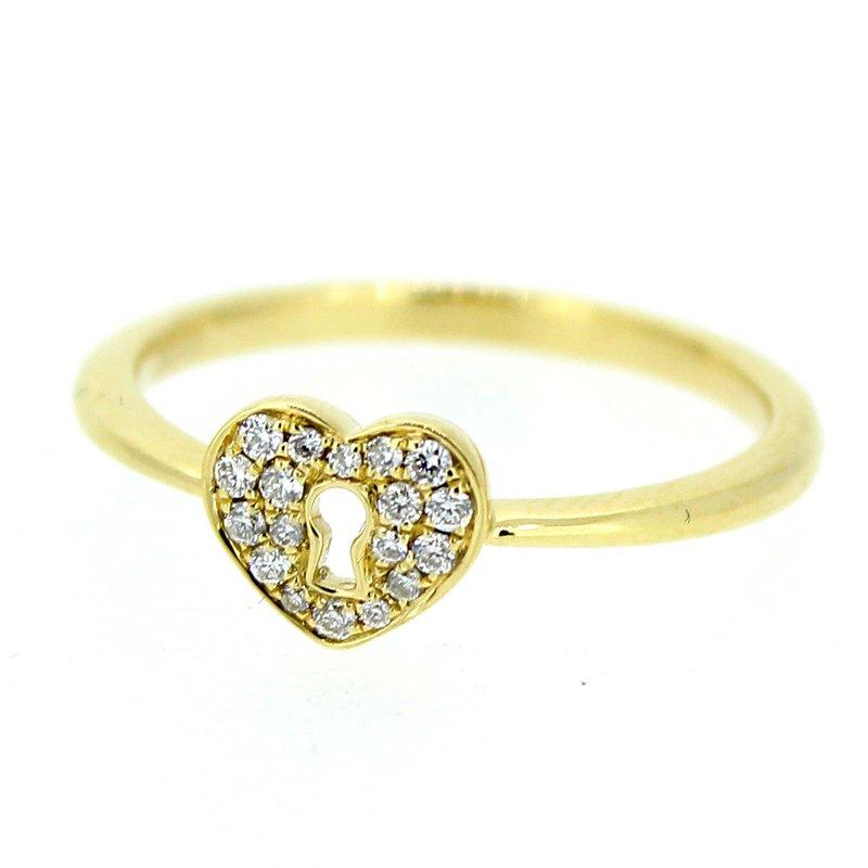 Decor Pave Heart Keyhole Diamond Ring