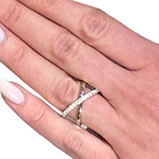 Decor Diamond Crossover Ring