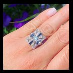 Decor Antique Style Diamond & Sapphire Ring