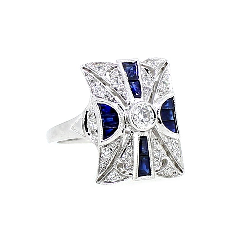 Decor Antique Style Diamond & Sapphire Ring