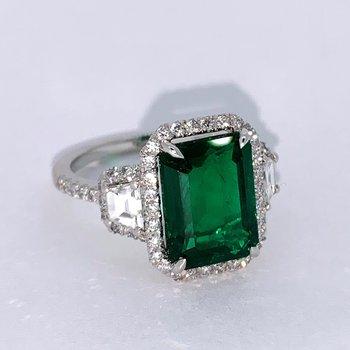 4.66ct Emerald & Diamond Platinum Ring