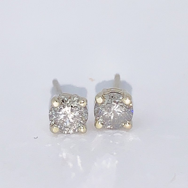 Decor .90ct Diamond Stud Earrings