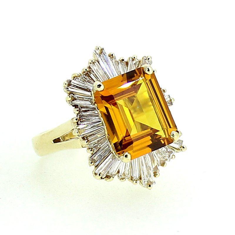 Decor Citrine & Diamond Halo Ring