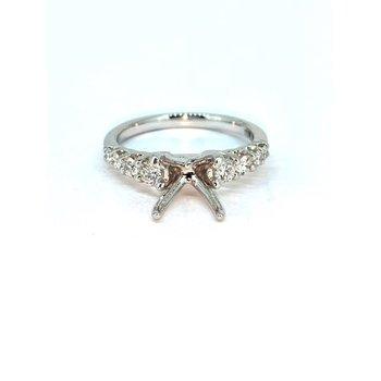 Graduated Diamond Ring Mounting