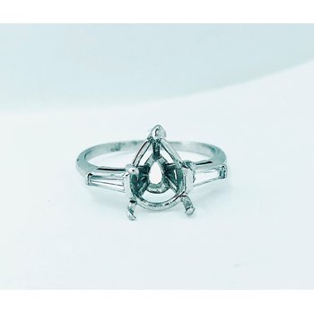 Pear and Baguette Diamond Ring Mounting