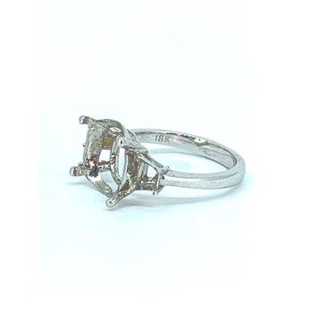 Trapezoid Diamond Ring Mounting