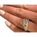 Decor Round Diamond Engagement Ring