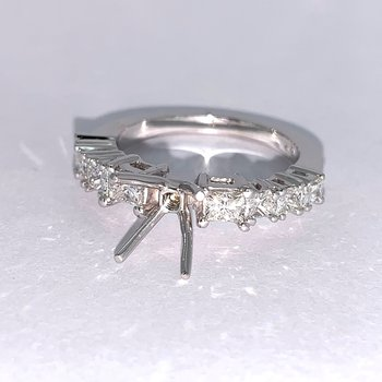 Princess Cut Diamond Ring Mounting