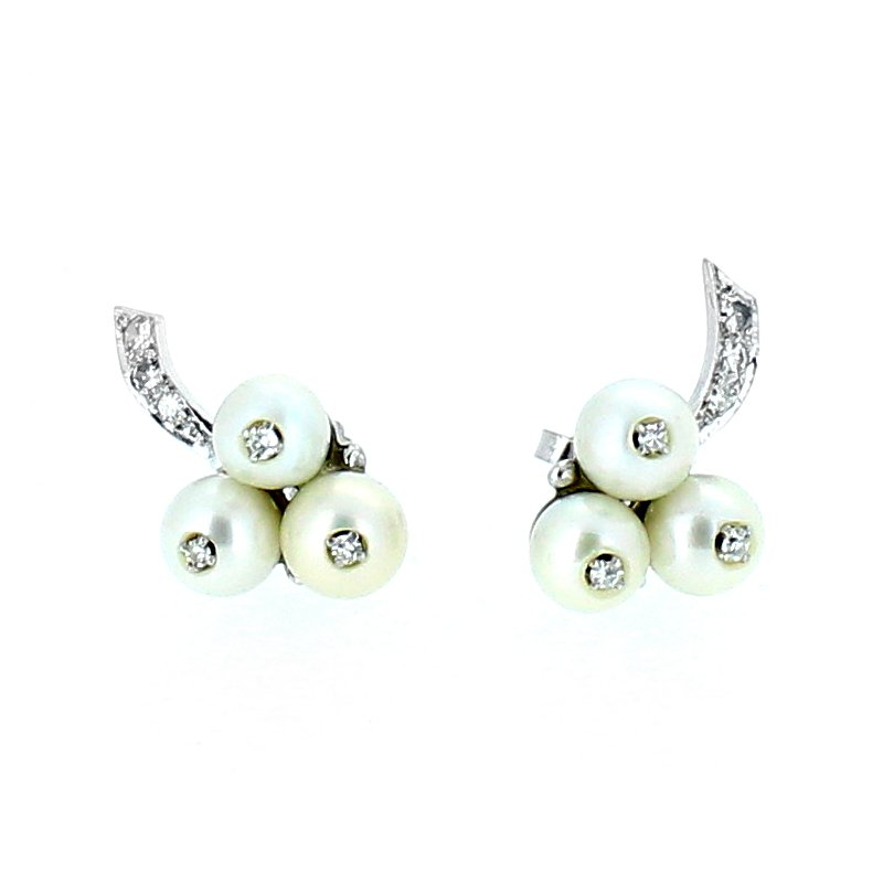 Decor Pearl & Diamond Stud Earrings
