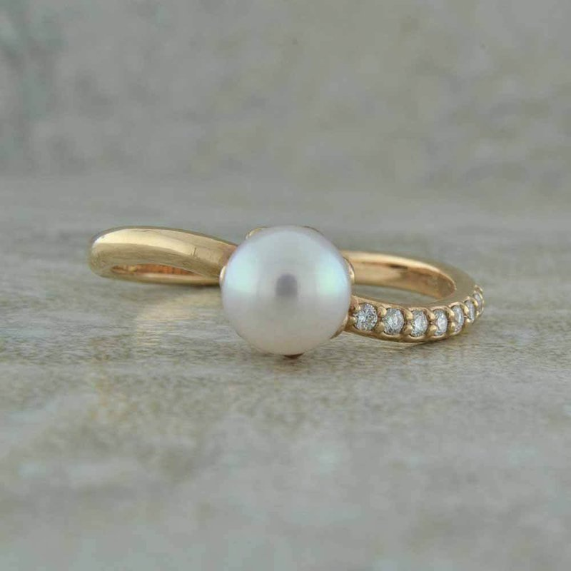 BRIAN'S VAULT Pearl Wave Ring