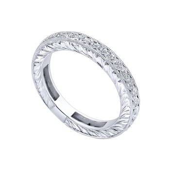 14KR Diamond Band