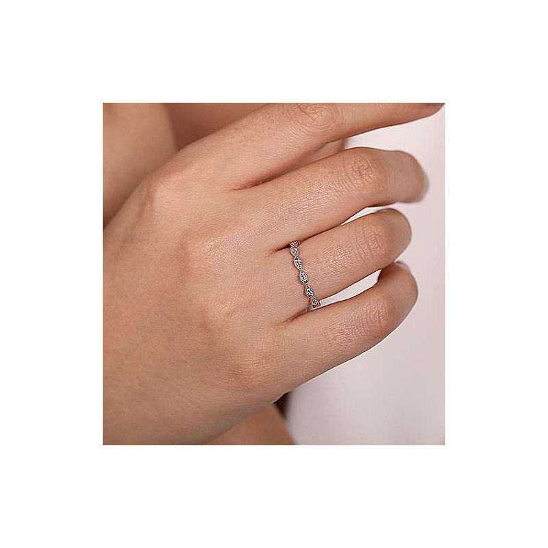 Gabriel & Co. -  IN-STORE COLLECTION Twisted Diamond Stackable Ring