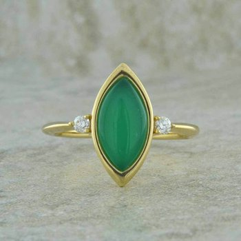 Chrysoprase & Diamond Ring