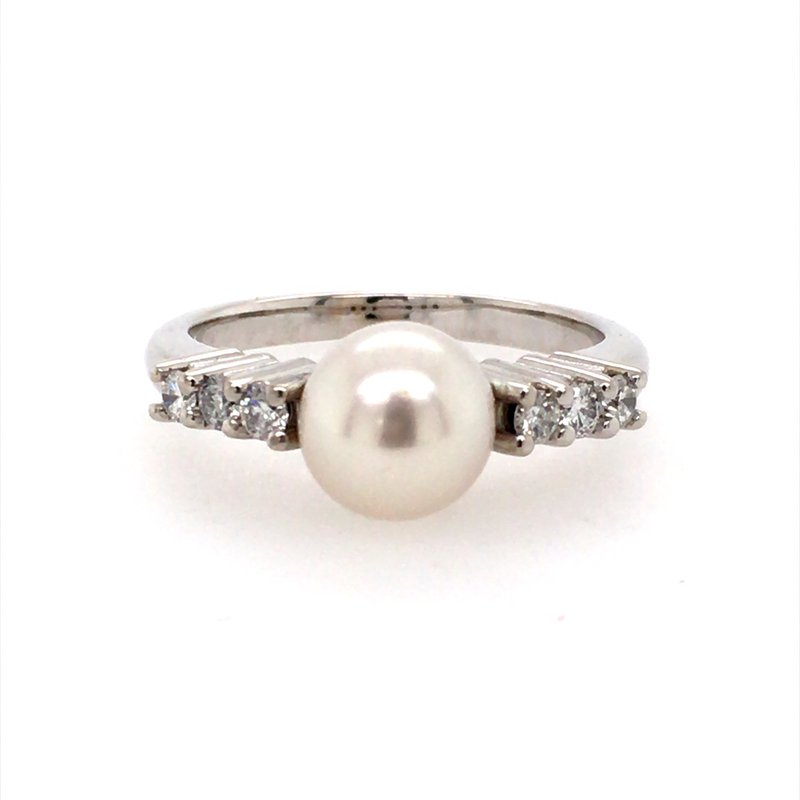 B&C Creations Pearl and Diamond Ring