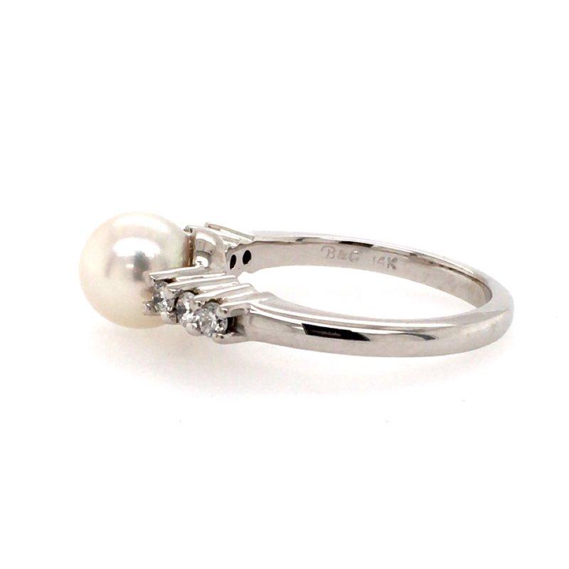 B&C Creations Pearl and Diamond Ring