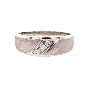 Diamond Accented Men's Band