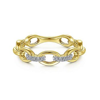 Oval Link Ring with Diamond Accents