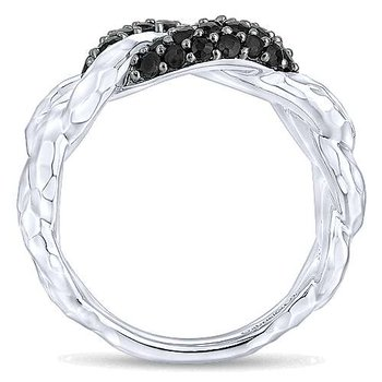 Black Spinel Chain Link Ring