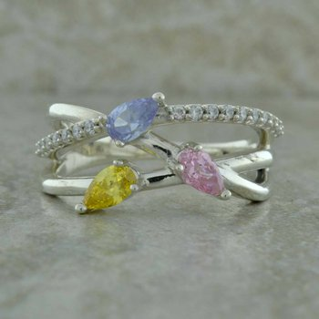 Freeform Three Stone Mother's Ring