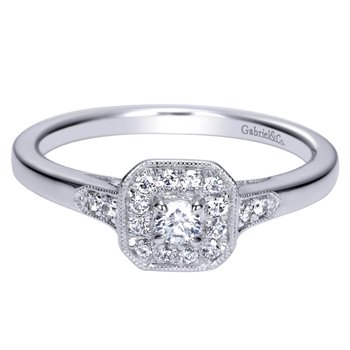 14KW Diamond Engagement Ring