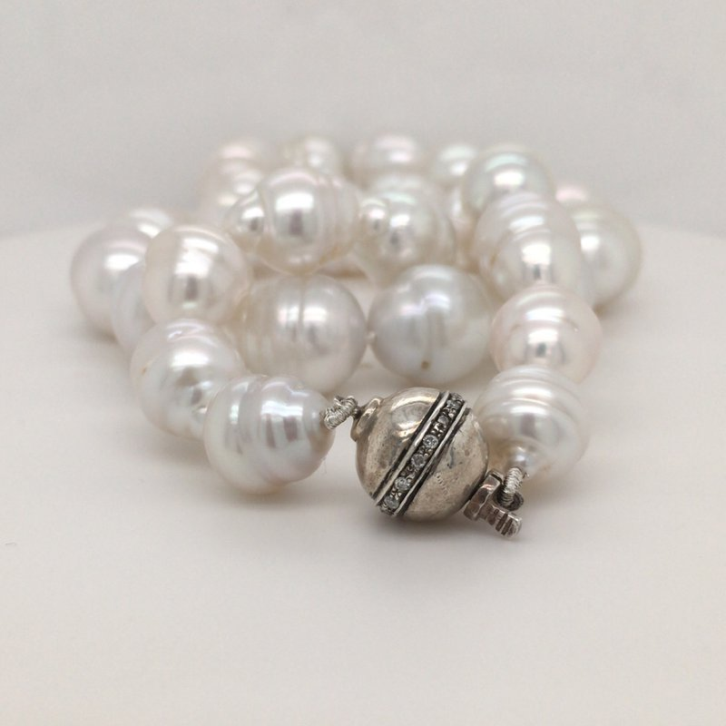 B&C Collections South Sea Baroque Pearl Strand