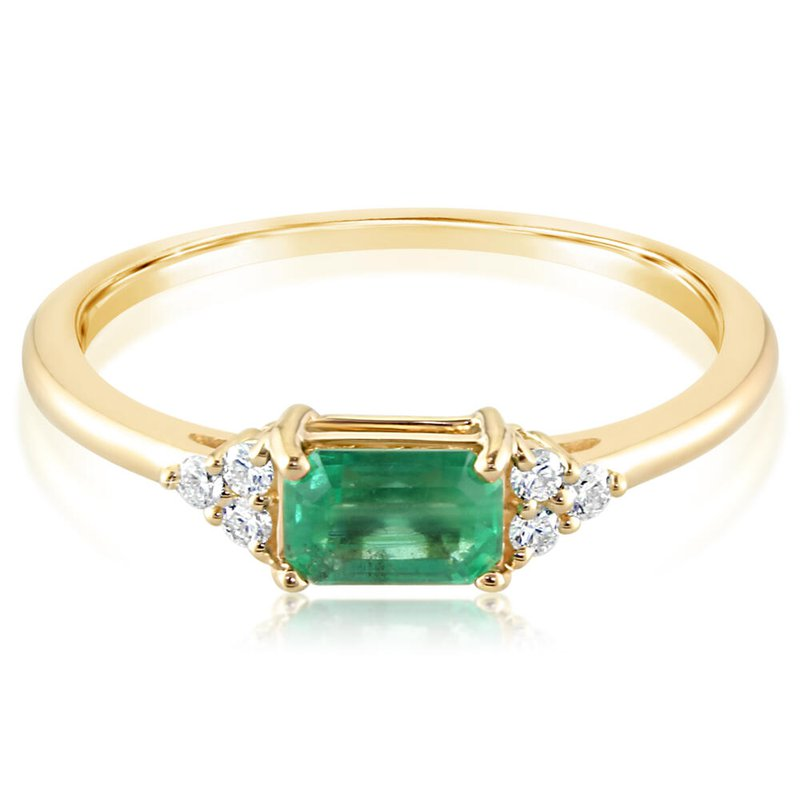 Parlé Emerald Ring with Diamond Accents