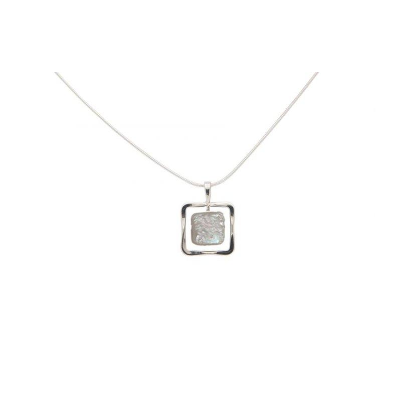E. L. Designs IN-STORE Collection S/S Zenith Square Freshwater Pearl Pendant