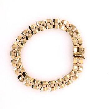 Gold Polished Link Bracelet