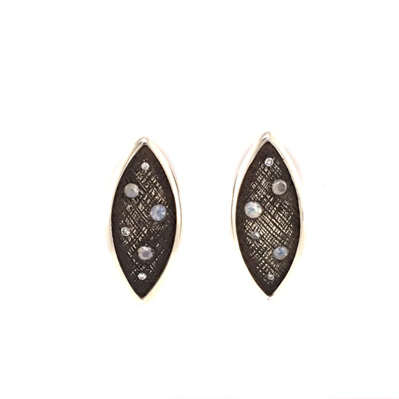BRIAN'S VAULT Petite Marquis Earrings