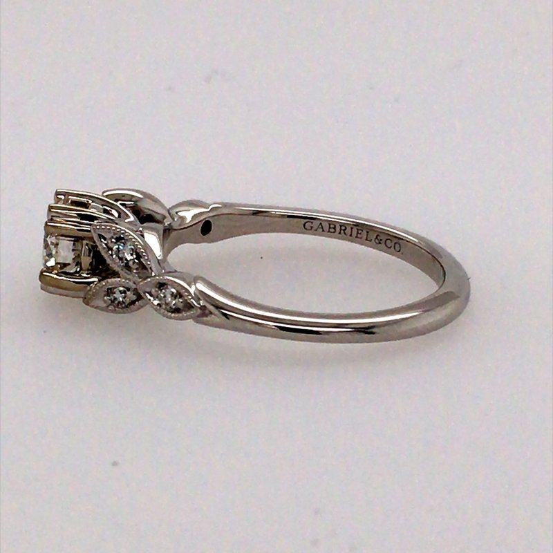 Gabriel & Co. -  IN-STORE COLLECTION Vintage Style engagement Ring