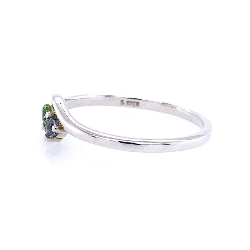 B&C Collections Stackable Three Stone Ring