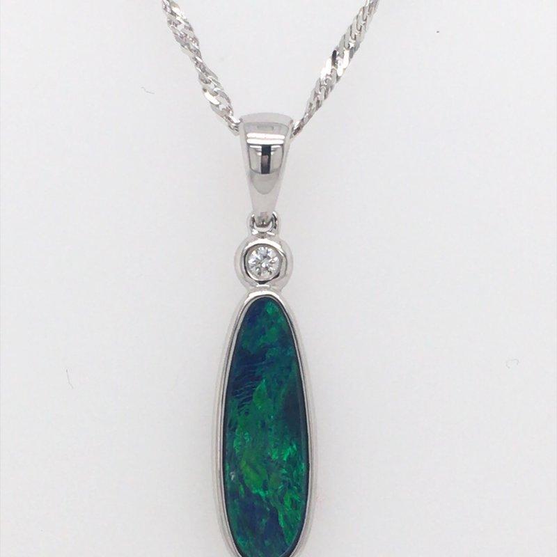 Parlé Australian Opal Doublet Pendant