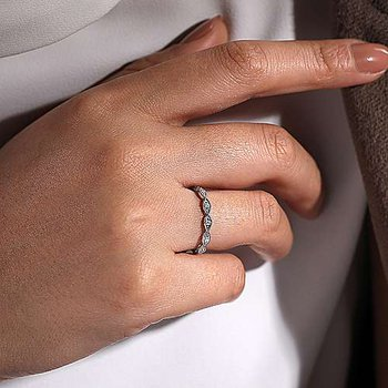 Marquise Station Ring