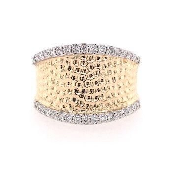 Yellow and Gold Diamond Ring