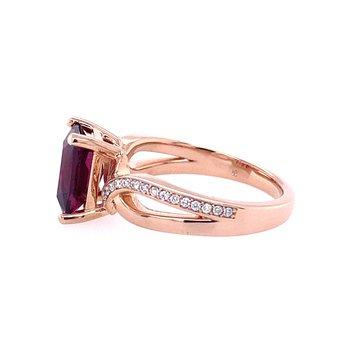 Garnet & Diamond Twist Ring