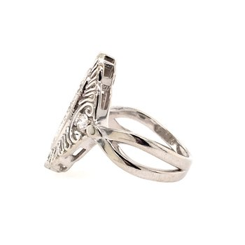Filigree & Diamond Fashion Ring