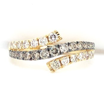 14KY Diamond Ring w/ 0.875 ctw, Size 7