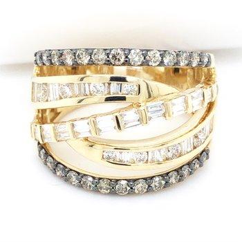 14KYG Diamond Ring w/ 1.13 ctw, Size 7
