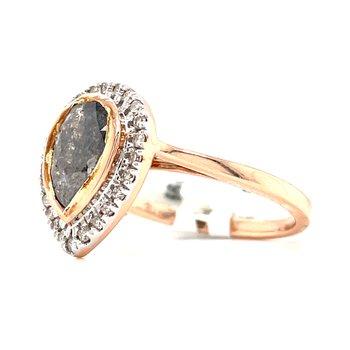 14KR Salt & Pepper Ring w/ Pear Center Stone and 1.27 ctw
