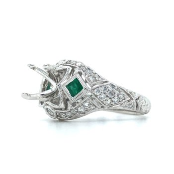 14KW Diamond Engagement Semi-Mount Ring w/0.55 ctw Dia. and 0.30 ctw Em., Size 6.75