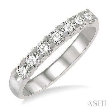 14KW 7 Stones Round Cut Diamond Wedding Band w/ 0.75 ctw, Size 7