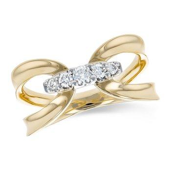 14KY Diamond Ring w/ 0.20 ctw, Size 6.5