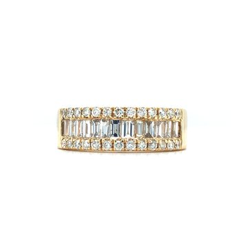 14KY Diamond Wedding Band w/ Round Diamonds and Baguettes of 1.04 ctw