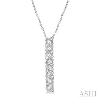 "14KW Diamond Bar Pendant w/ 0.55 ctw, 18"" Chain"