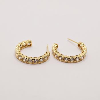 14KT Yellow Gold Cubic Zirconia Hoop Earring