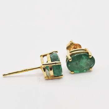 14KT Yellow Gold Emerald Stud Earrings